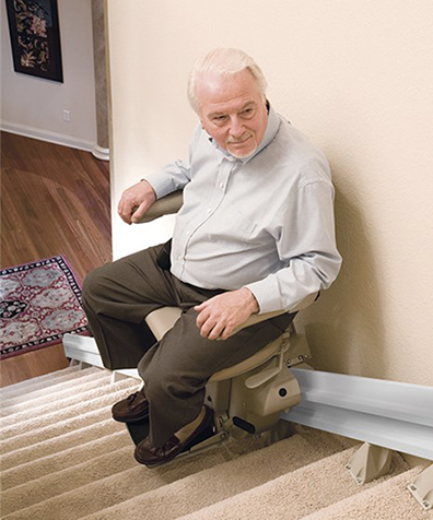thumb-stairlift-outdoor