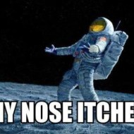 15-03-astronaut-nose-itches-nasa