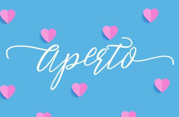 Aperto Script Font