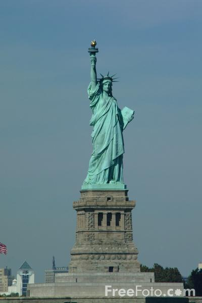 https://i0.wp.com/www.freefoto.com/images/1210/11/1210_11_58---Statue-of-Liberty-New-York-City_web.jpg