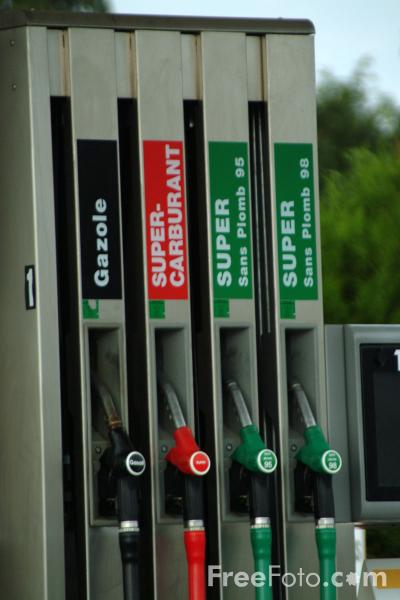 French Petrol Station pictures free use image 213468