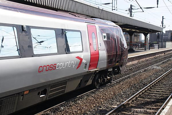Arriva Cross Country Class 220 train pictures free use image 432111 by FreeFotocom