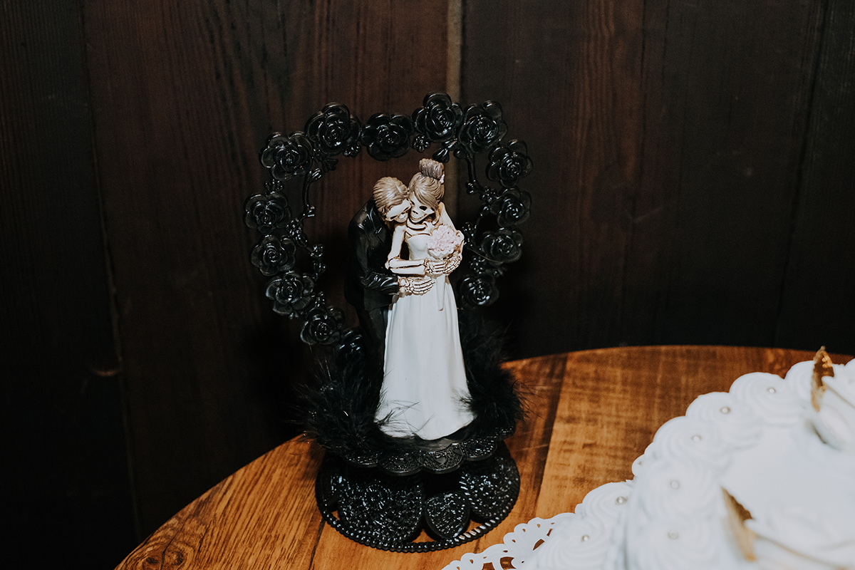 skeleton cake topper | philadelphia wedding | moody film wedding photography | travel wedding photographer