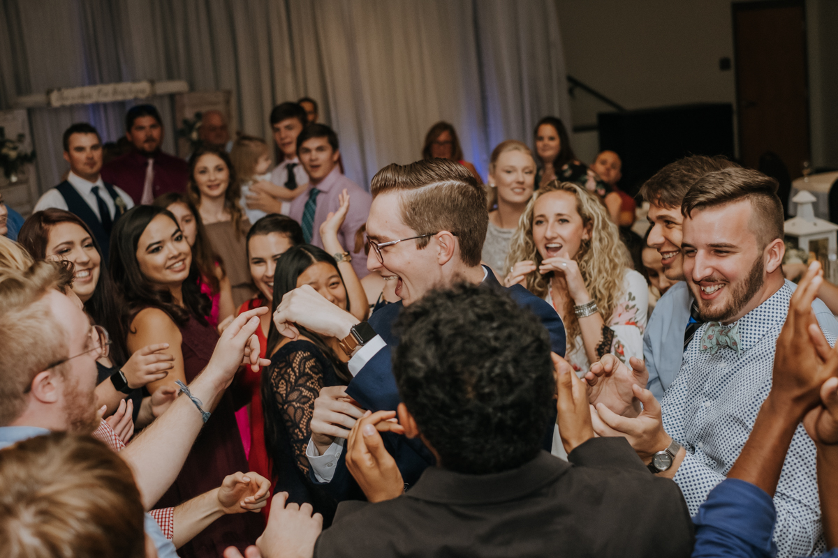 candid wedding photos | Emily + Aaron | Freehearted Film Co | Tampa Wedding Photography and Wedding Videography