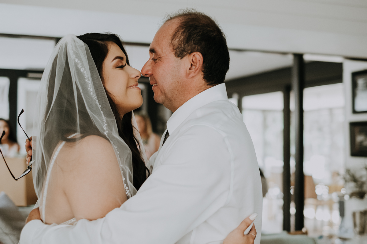 first look with dad | first look | romantic sarasota wedding photographer | romantic sarasota wedding | tampa wedding photographer | freehearted film co