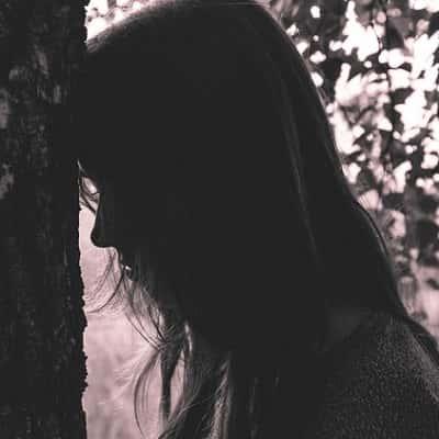 Alone-Sad-Girl-DP-For-Facebook-Whatsapp (19)