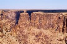 Free Stock 3158-grand Canyon Cliffs