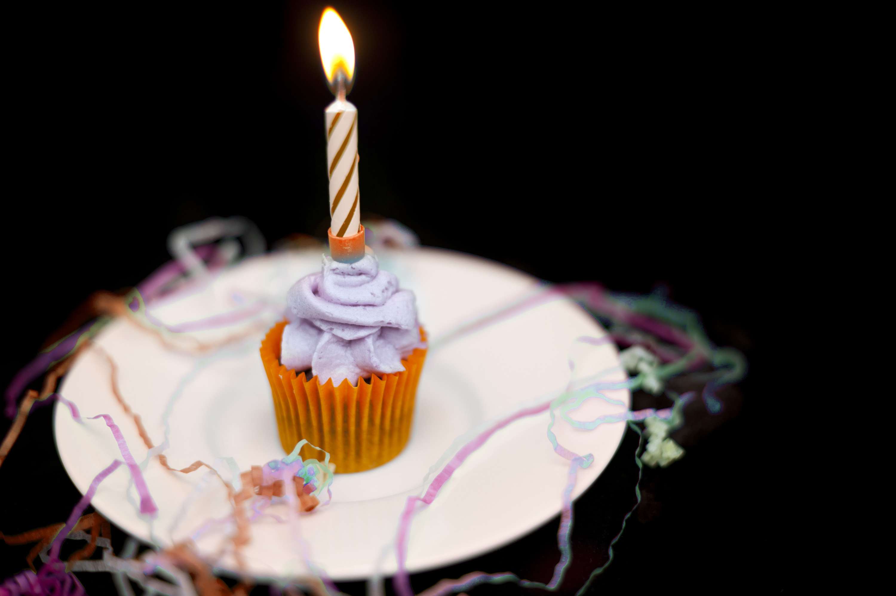 free stock photo 6481 party for one | freeimageslive