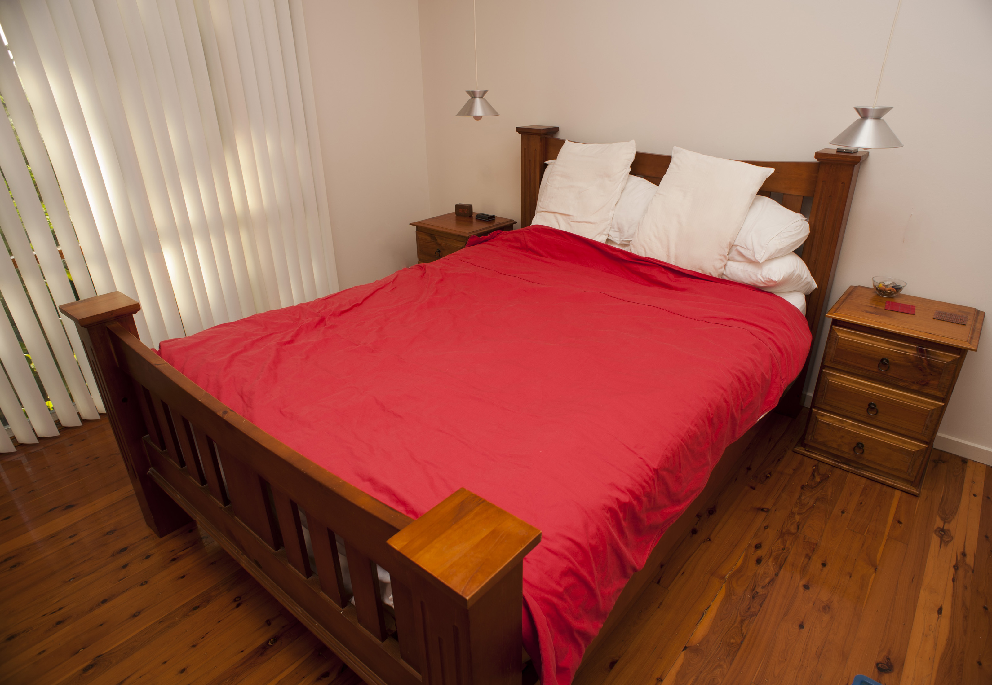 Free Stock Photo 8907 Old fashioned wooden bed