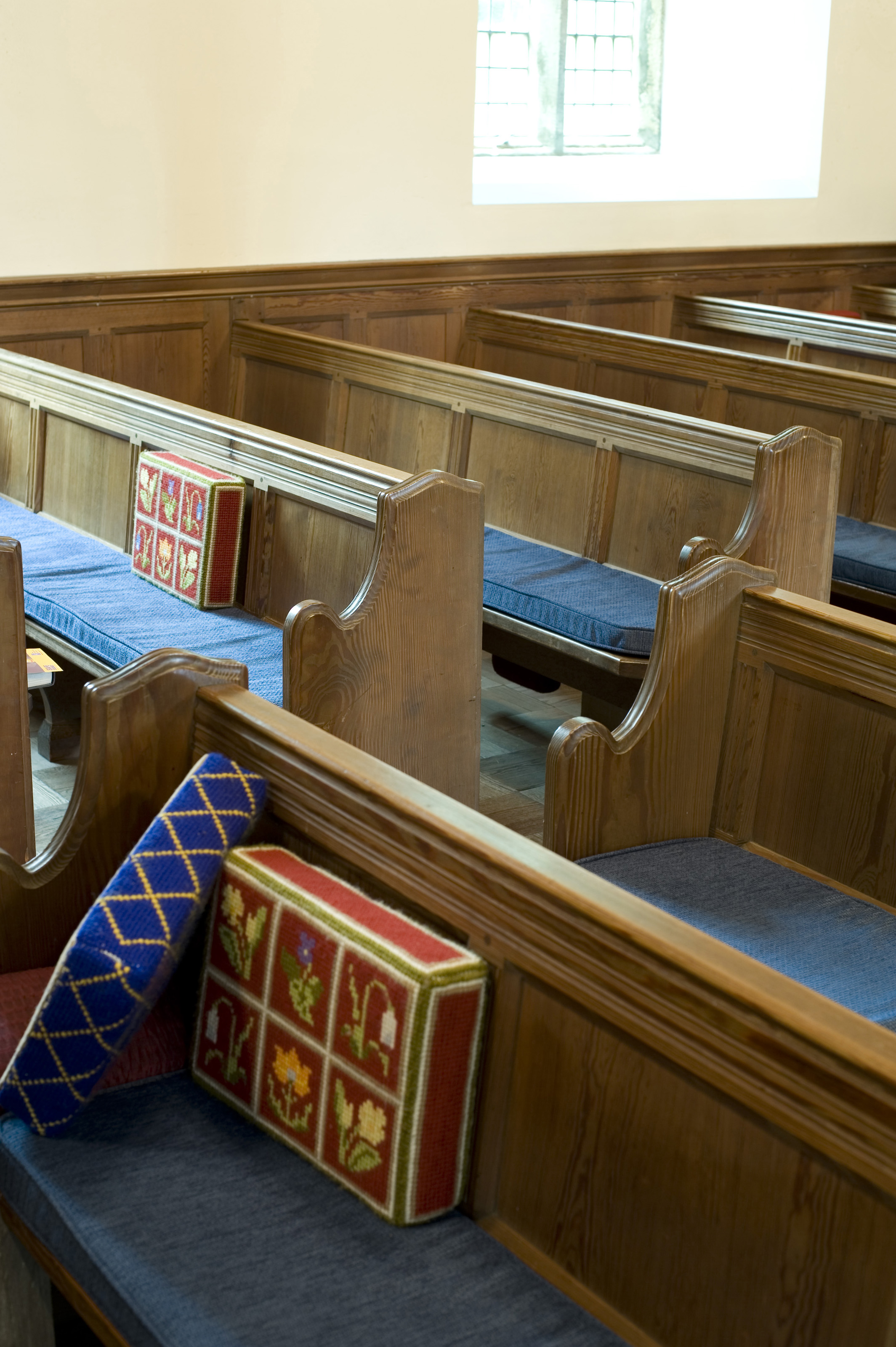 Free Pews For Church
