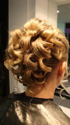 Hairstyles With Curls And Braids