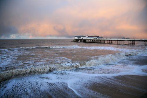 Janice Alamanou Coastal Photography Wellsnextthesea  Landscape Photographer  FreeIndex