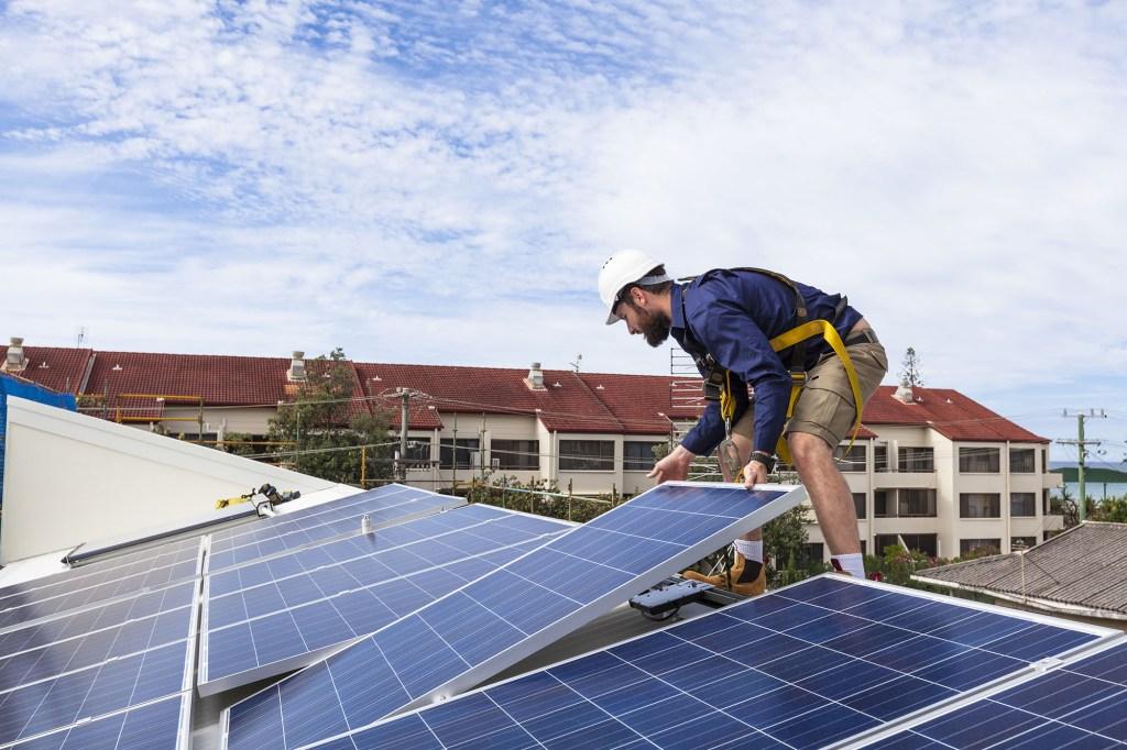 rooftop solar installer