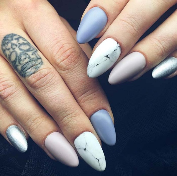 Ever Thought Of Collecting Those Tiny And Adorable Beach Stones While Having Fun On Yes Let S Call It Stone Inspired Nail Art Design