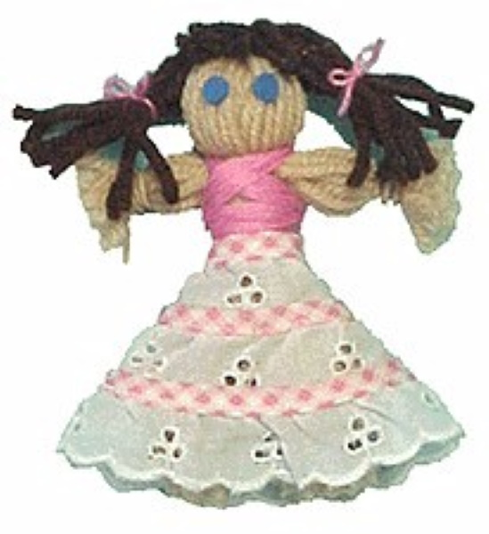 Simple doll made from yarn