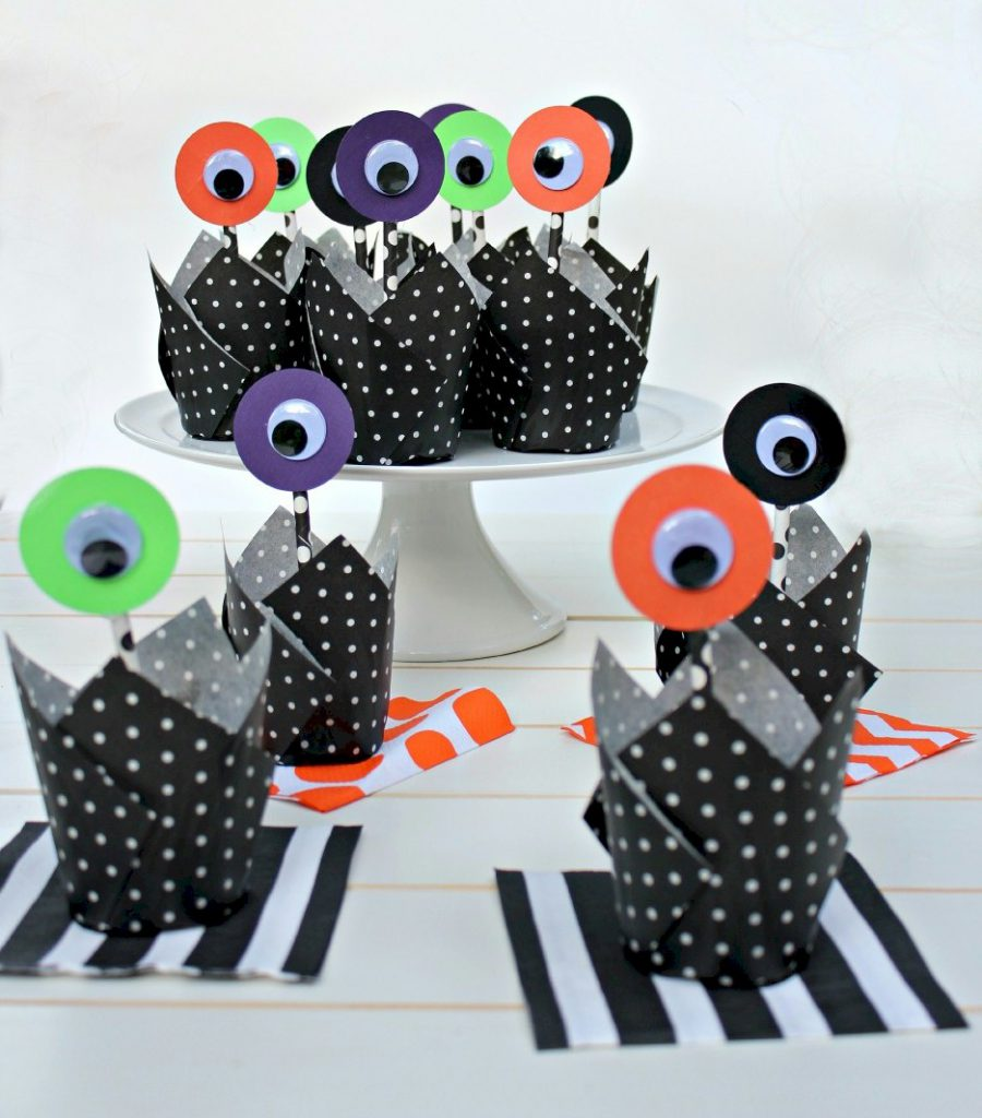 Image of Alien Cupcake Toppers
