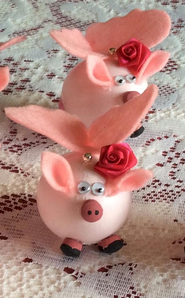 Flying Pigs Easter Eggs