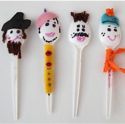 Image of Plastic Spoon Puppets