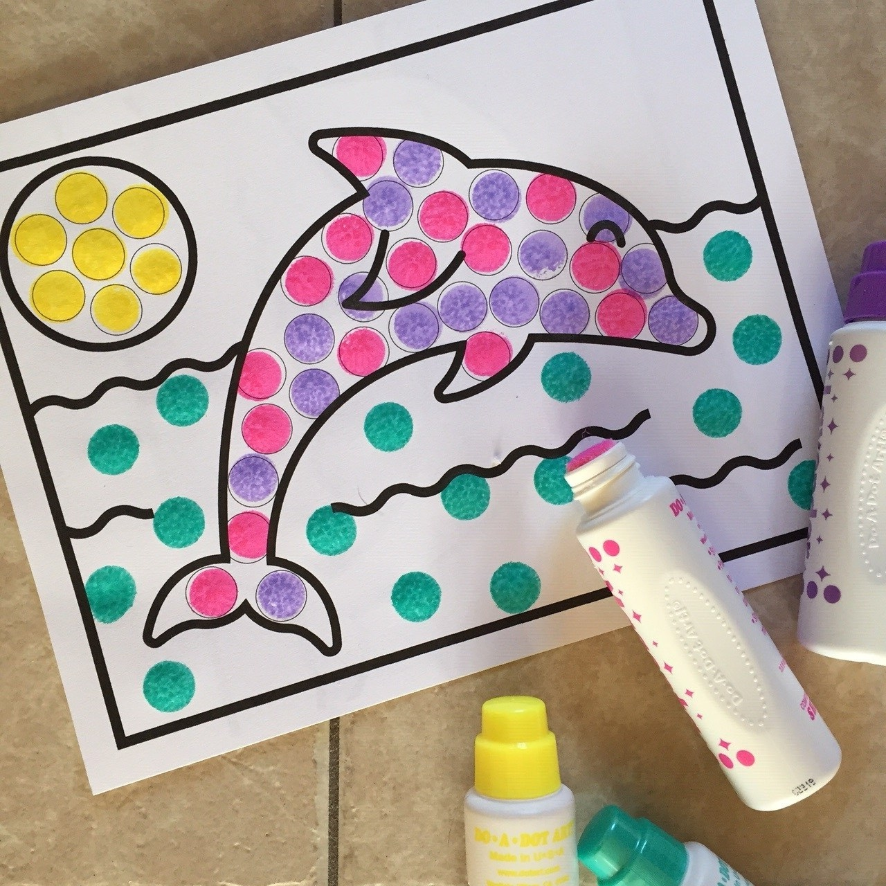 Image of Preschool Dolphin Dot Art Activity