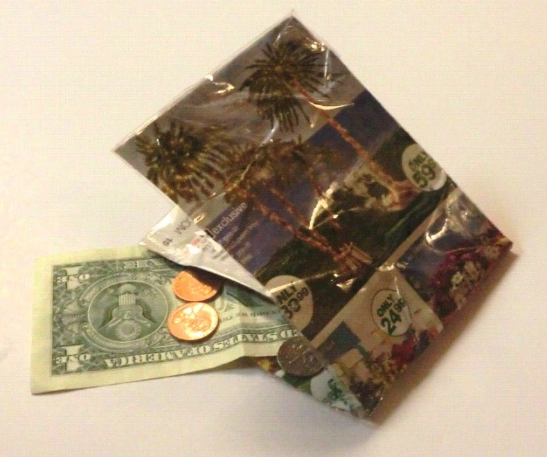 Image of Recycled Magazine Wallet