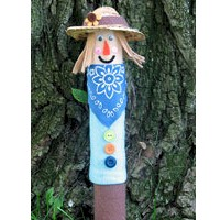 Recycled Cardboard Tube Scarecrow