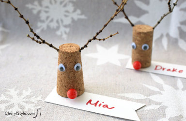 Wine Cork Reindeer Place Cards