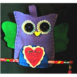 Image of Valentine Felt Owl