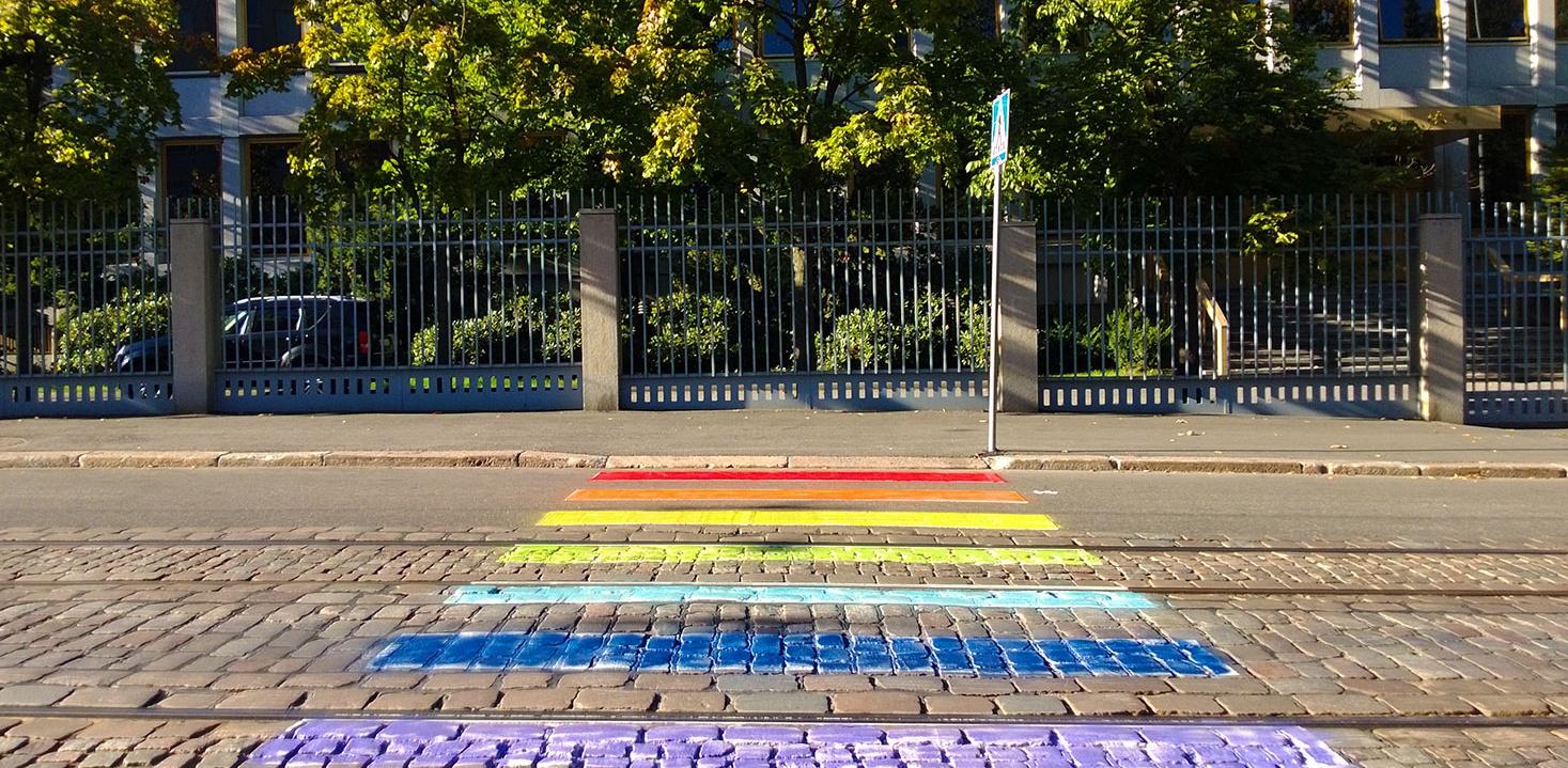 Ruská amsáda v Helsinkách, LGBT/Murrur