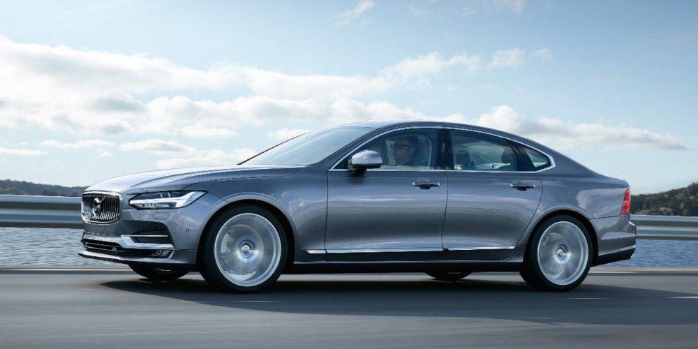 Je Volvo S90 tím nejlepším sedanem, co kdy Volvo vyrobilo? (video)