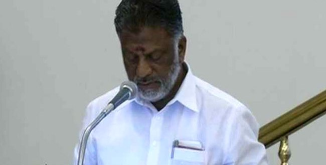 Free Saree and dhoti scheme in Tamil Nadu