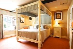 Wensleydale Heifer bedroom