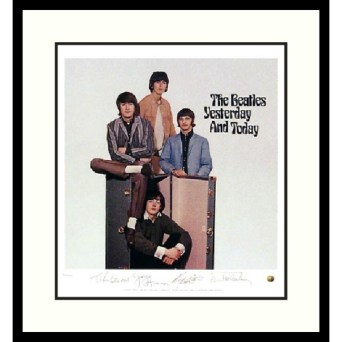 Limited-Edition-The-Beatles-Yesterday-and-Today-Album-Cover-Framed-Art-Print-L12088388