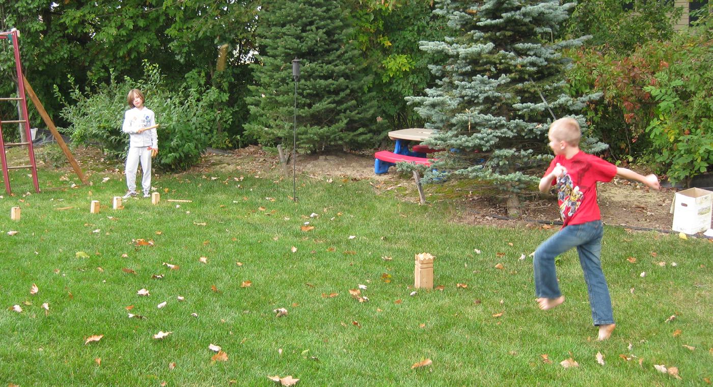 kids in backyard free