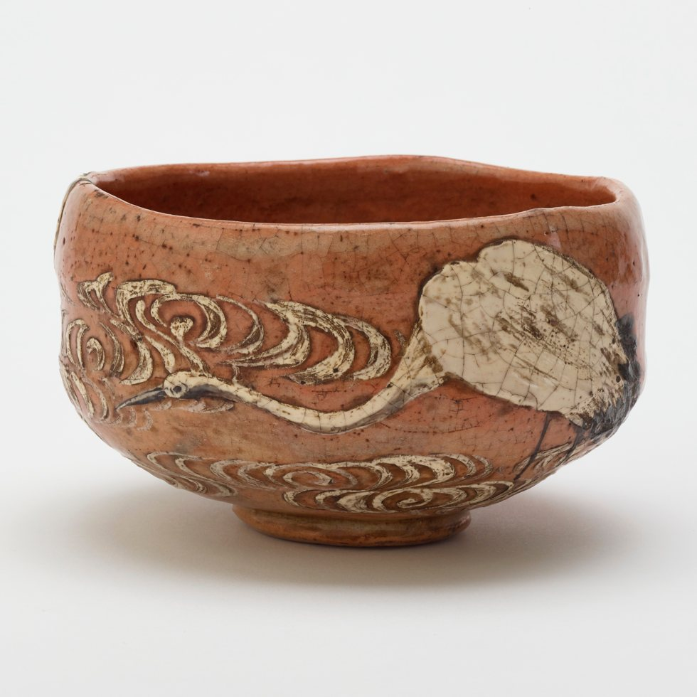 Kenzan style tea bowl with design of crane and flowing water