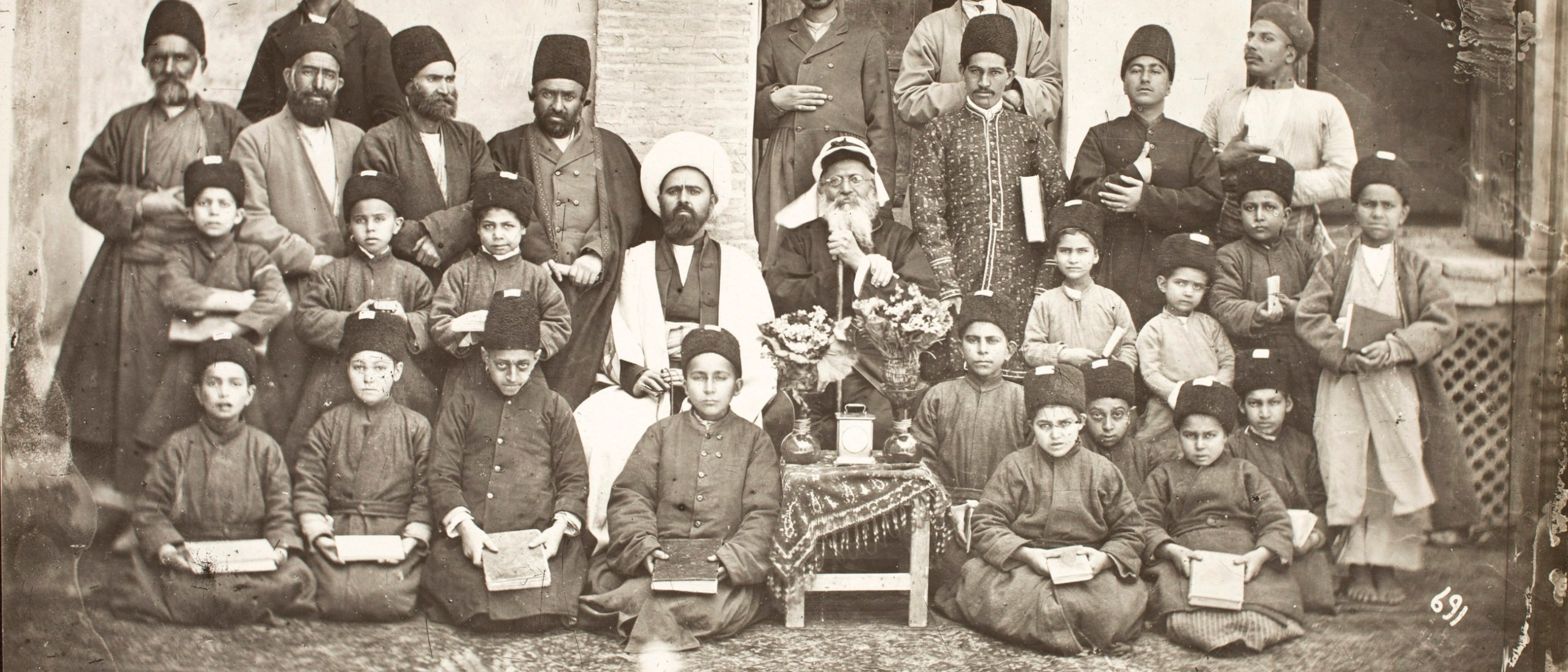 Photo, Persian School Sevruguin, Antoin, 1870s-1928, b&w ; 21.8 cm. x 16.6 cm. FSA_A.4_2.12.Up.60