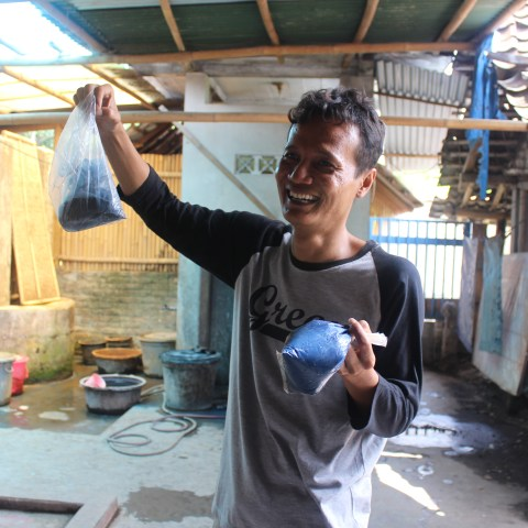 Artist Tatang Elmy Wobowo specializes in batik paintings using natural pigments, which he makes at his studio in Tembi village, near Yogyakarta, Central Java.
