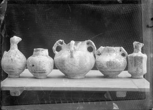Sevruguin, Antoin,; b&w ; 17.6 cm. x 12.7 cm.; Myron Bement Smith Collection: Antoin Sevruguin Photographs. Freer Gallery of Art and Arthur M. Sackler Gallery Archives. Smithsonian Institution, Washington D.C. Gift of Katherine Dennis Smith, 1973-1985
