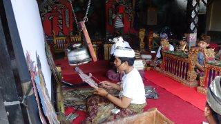 Young gamelan player rehearsing.