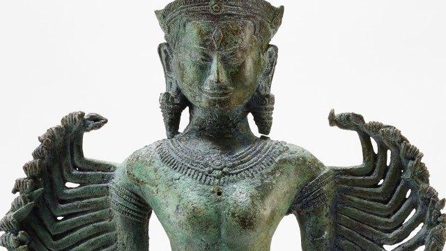 detail of multi-armed Prajnaparamita sculpture