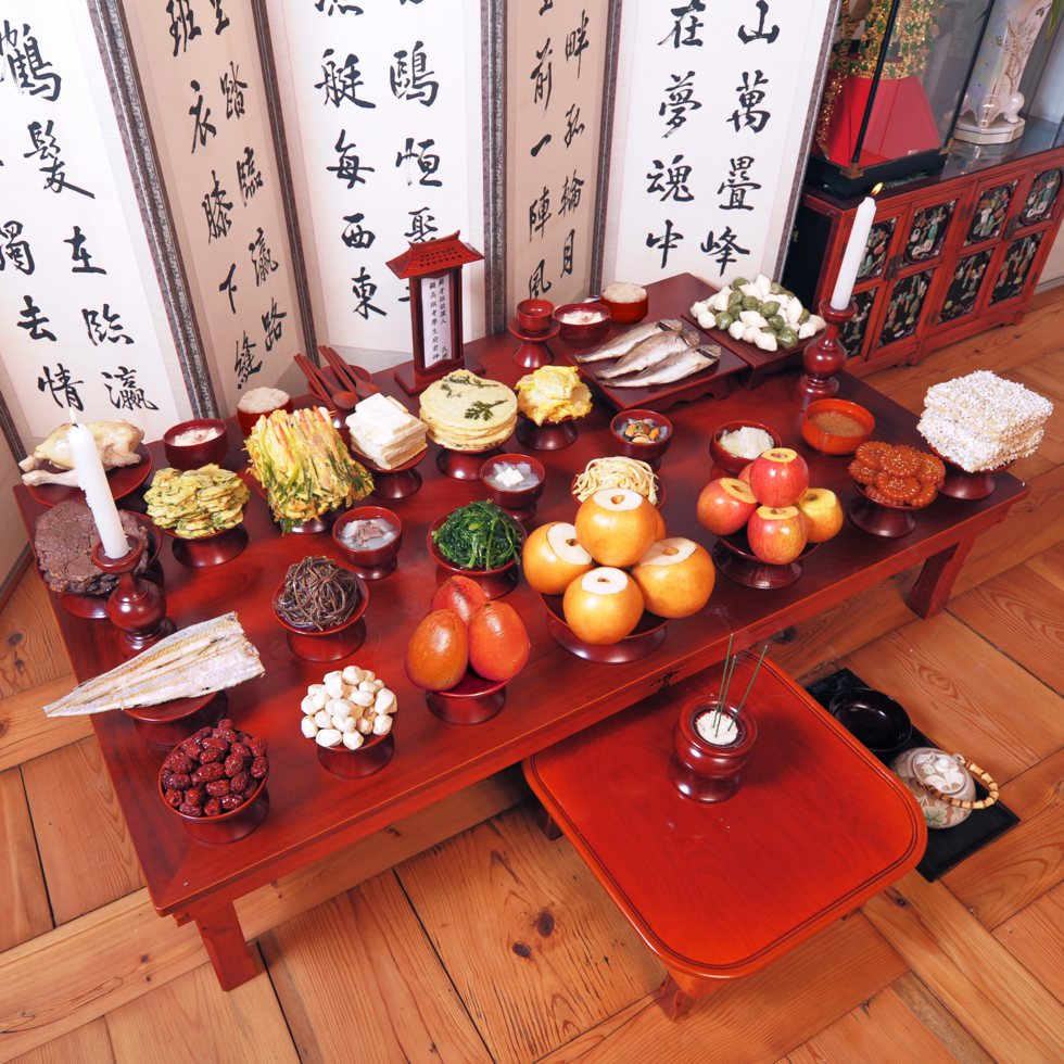 table setting for Seollal (Korean Lunar New Year)