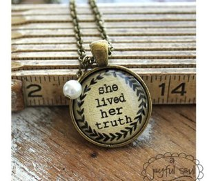 Inspiring Message Necklace