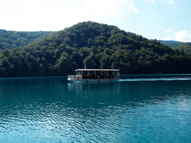 The Electric boat that takes you from the upper to the lower lakes