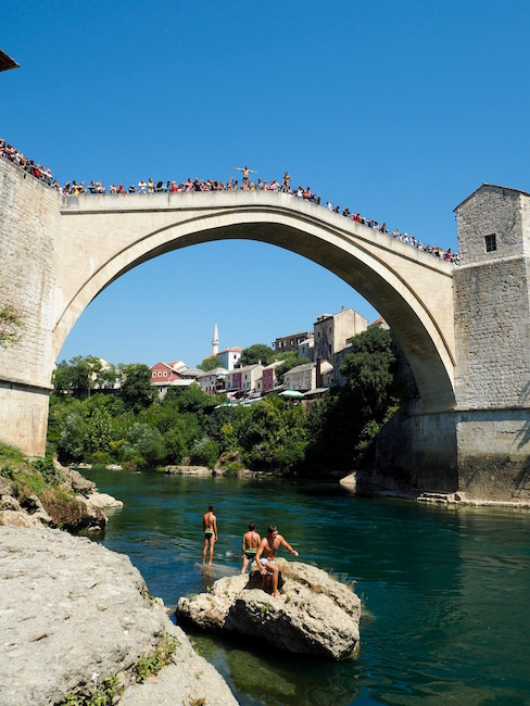 People gathered on the top of the bridge to see the New Zealanders jump off