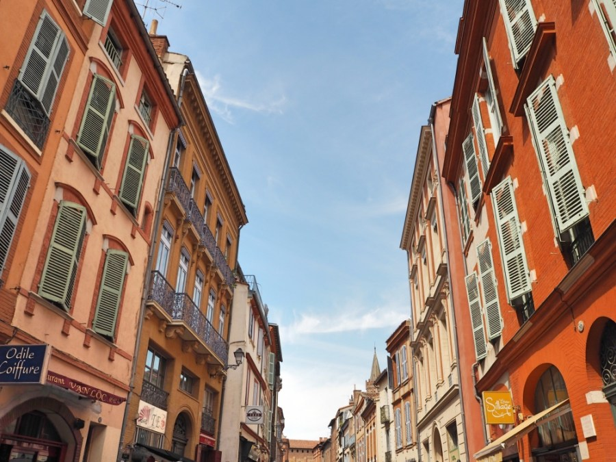 Walking down the Rue de Taur.