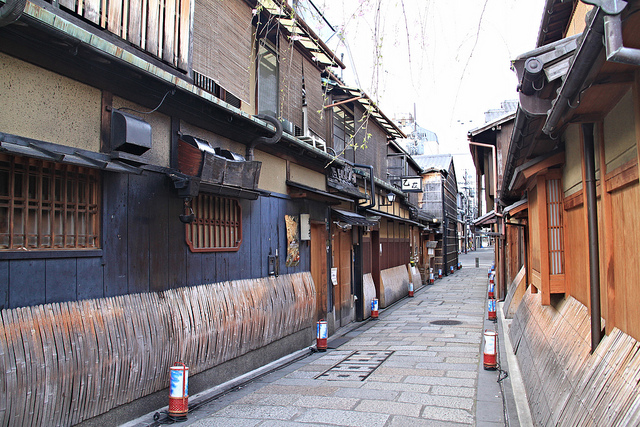 Morning walk through the empty streets of the Gion district.