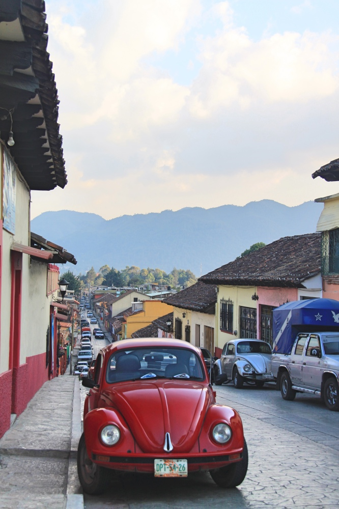 An old car in the streets of San Cristobal