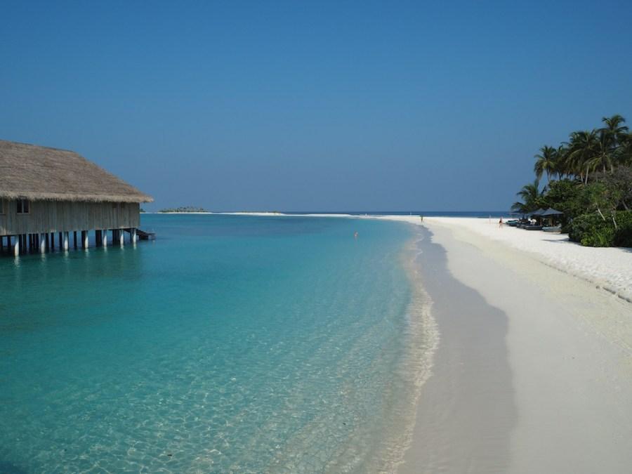 Gorgeous beach as we arrive in Finolhu.
