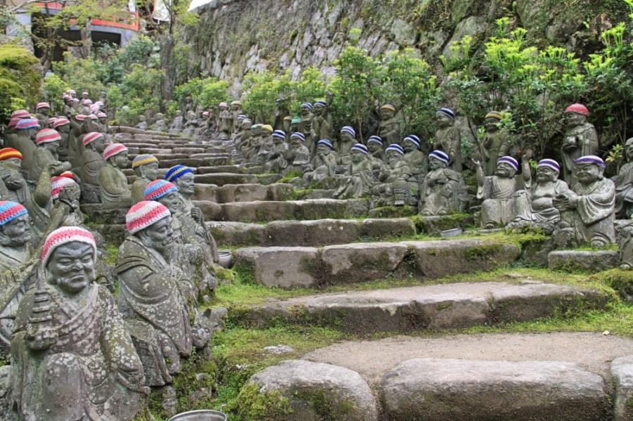 The 500 Rakan statues.