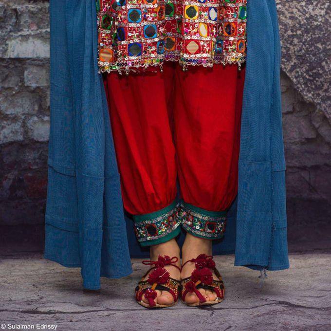 afghan-women-burqa-Afghanistan-violence-free
