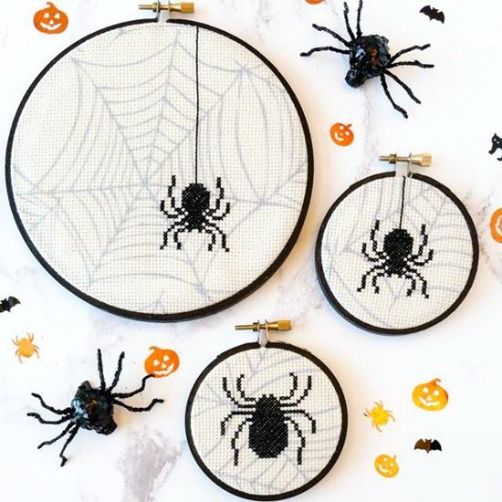Simple Spider Hoops